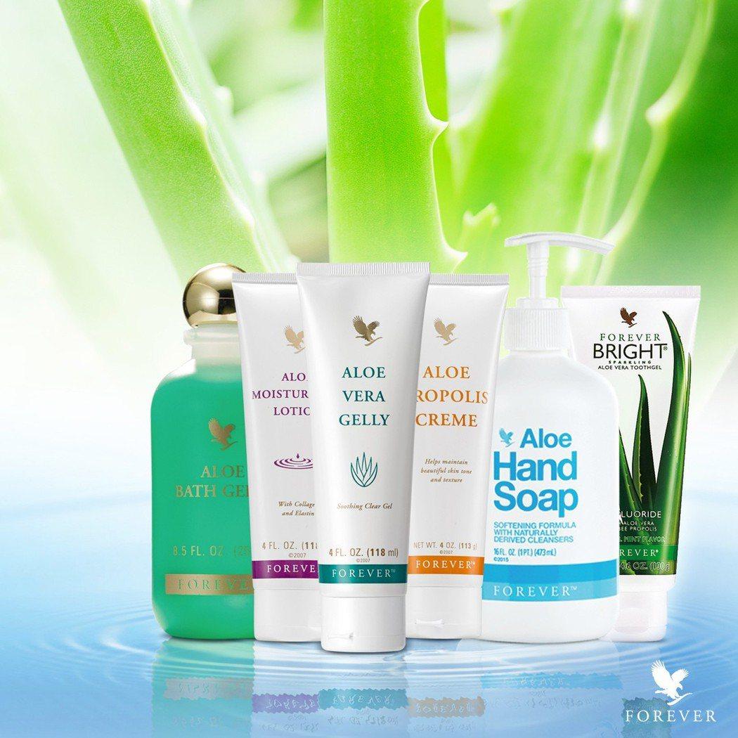 蘆薈清潔保養組合以天然蘆薈為主成分,給身體最溫和而全面的呵護。