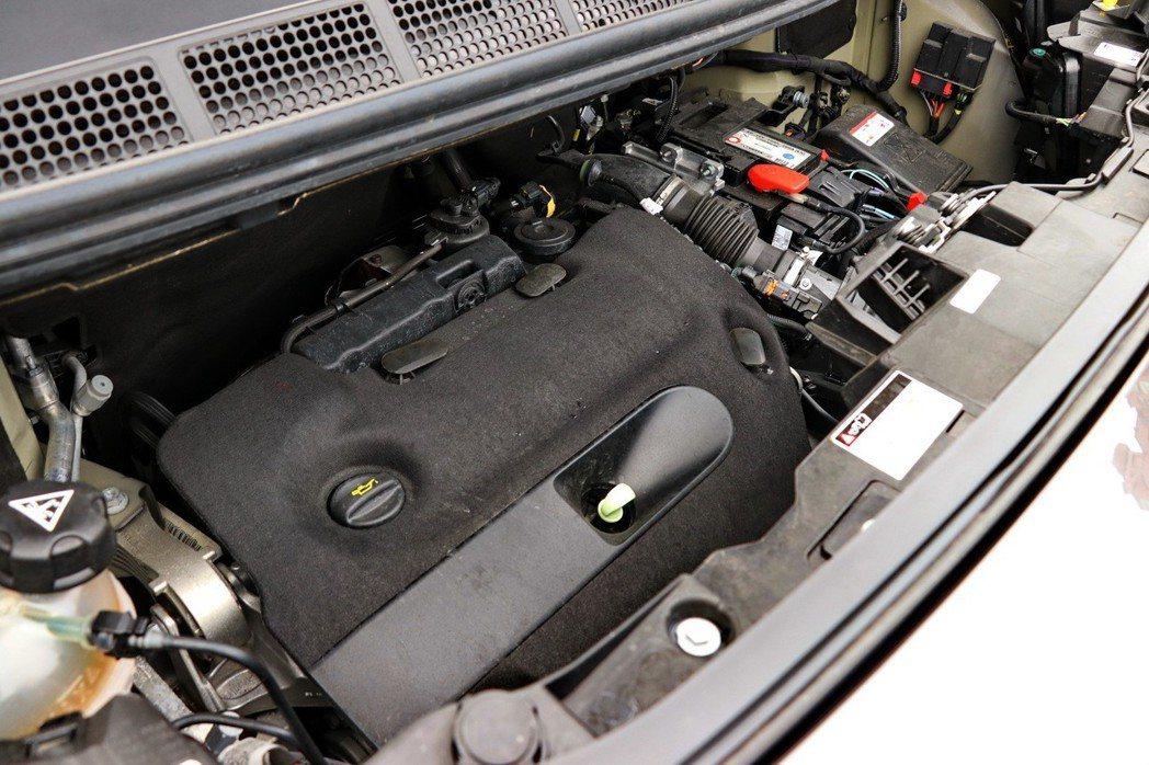 動力部分配置符合Euro6歐洲六期環保法規之2.0L BlueHDi高壓共軌渦輪...