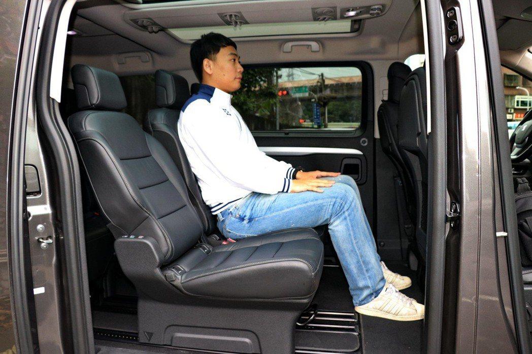 Peugeot Traveller乘坐表現相當優異。 記者陳威任/攝影