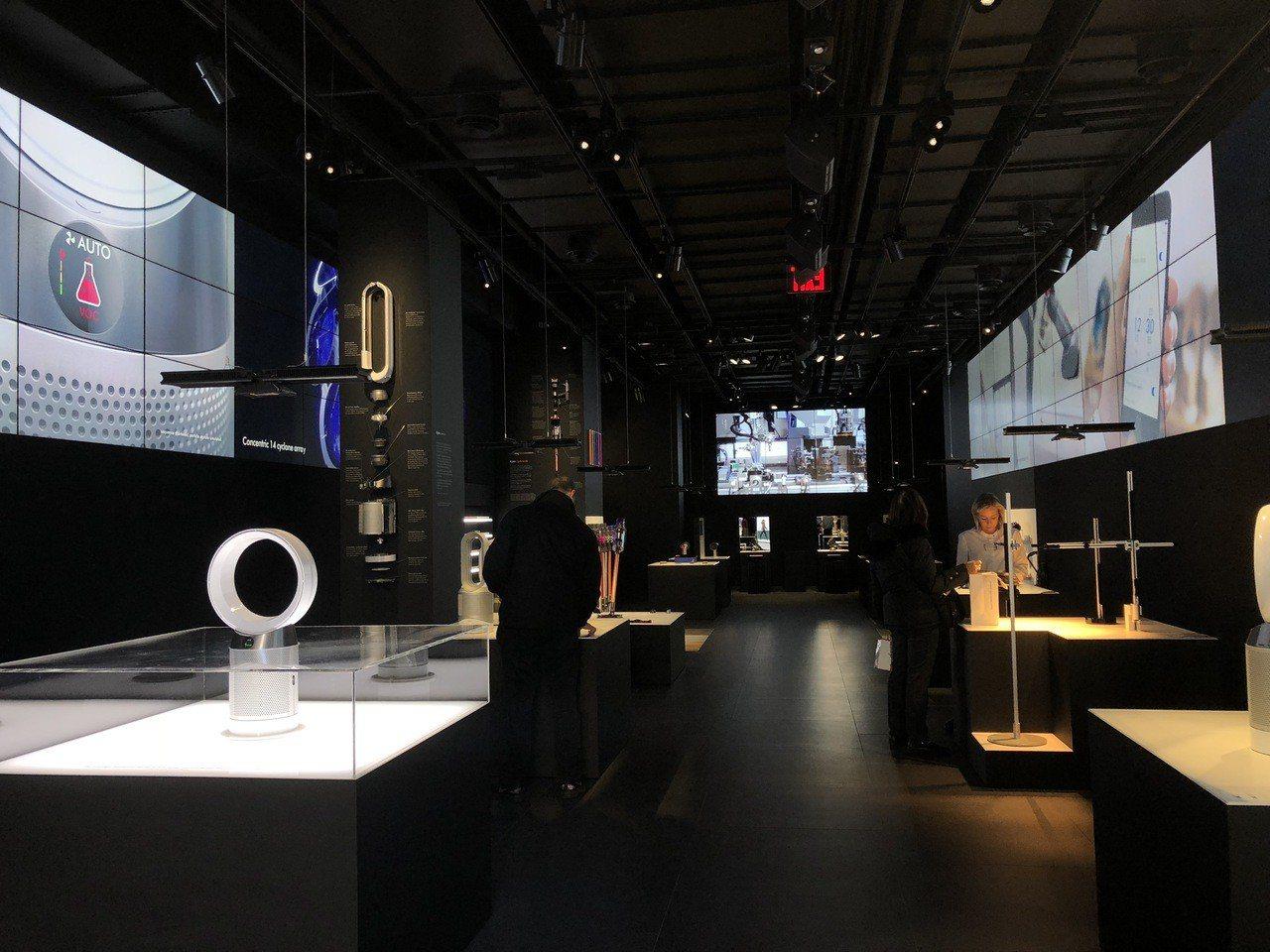 位於紐約第五大道的Dyson Demo Store體驗店,店內展示了全系列新品供...