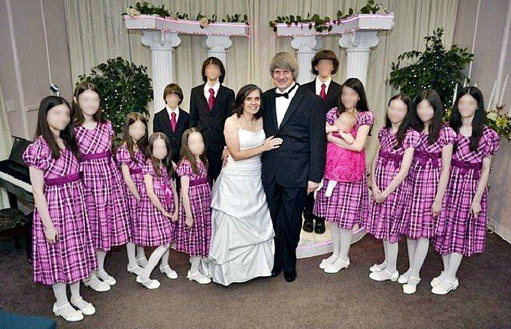 加州變態父母囚禁13名子女,女兒脫逃揭發駭人虐兒案。(翻攝自網路)