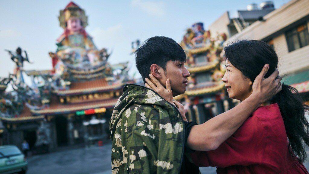方文琳(右)與徐韜。圖/客台提供