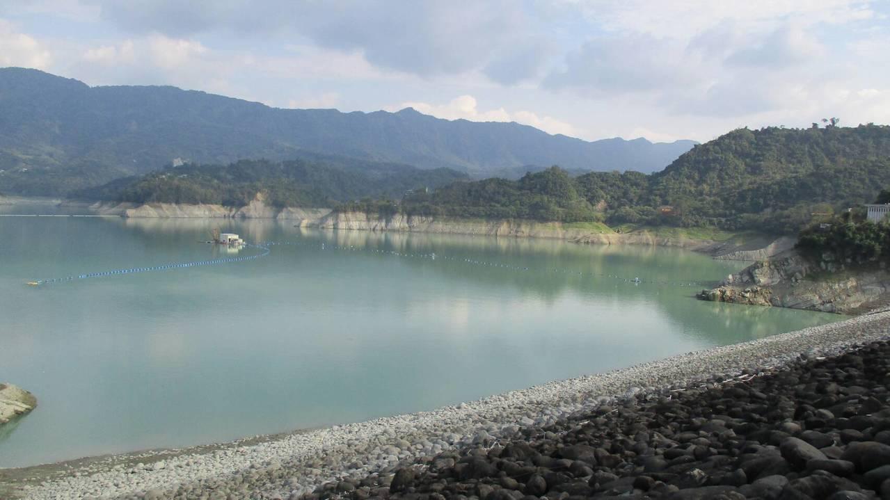 南部今年雨水特別少,曾文水庫蓄水不到3成。圖/南區水資源局提供