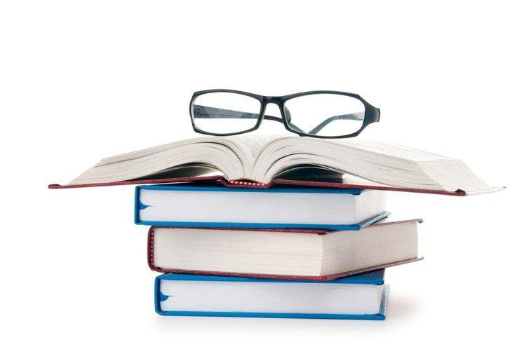 「學習投資理財」的過程中,不但可以方便自己「找到最有前(錢)途」的一技之長,更能...