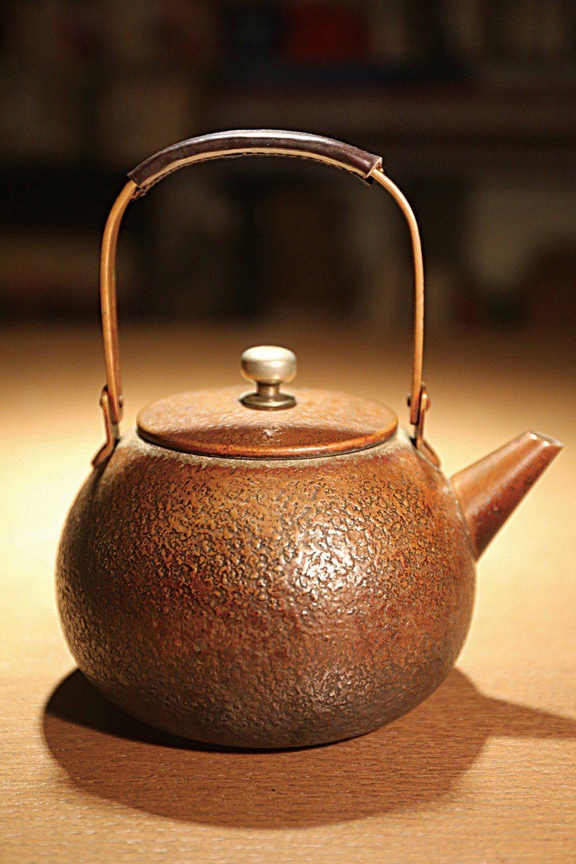重視視覺效果的林夕,喝茶除了在意茶的色香韻,也重視茶具器形美感。