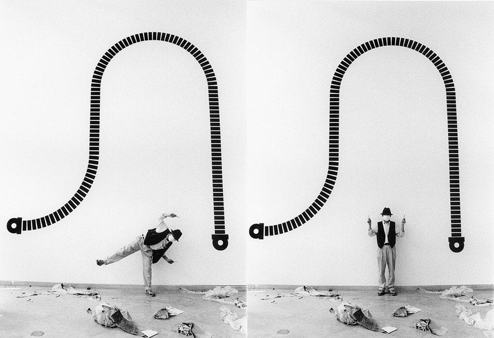 安尚秀於牆壁繪製作品「From Alpha To Hiut」。