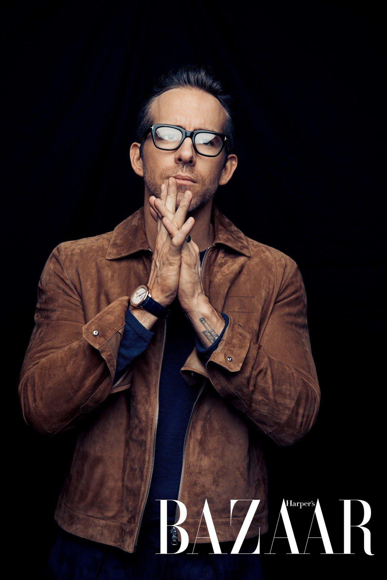 外套,Dunhill;上衣、褲,Anderson & Sheppard;眼鏡,T...