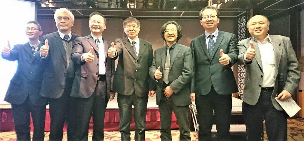 機械取栓術是近年腦中風治療的突破性進展,台灣腦中風學會規劃募款培訓,預計五年內培...