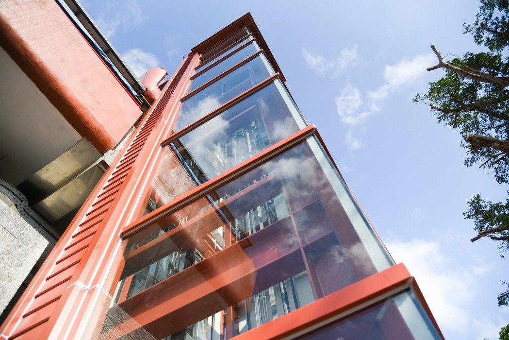 銘傳大學電梯興建完成。圖/銘傳大學提供