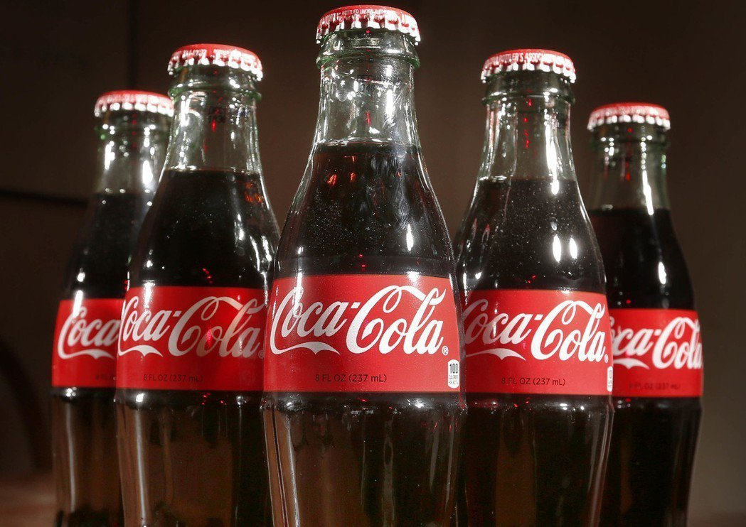 可口可樂將在日本推出罐裝調酒,上市日期仍是機密。美聯社