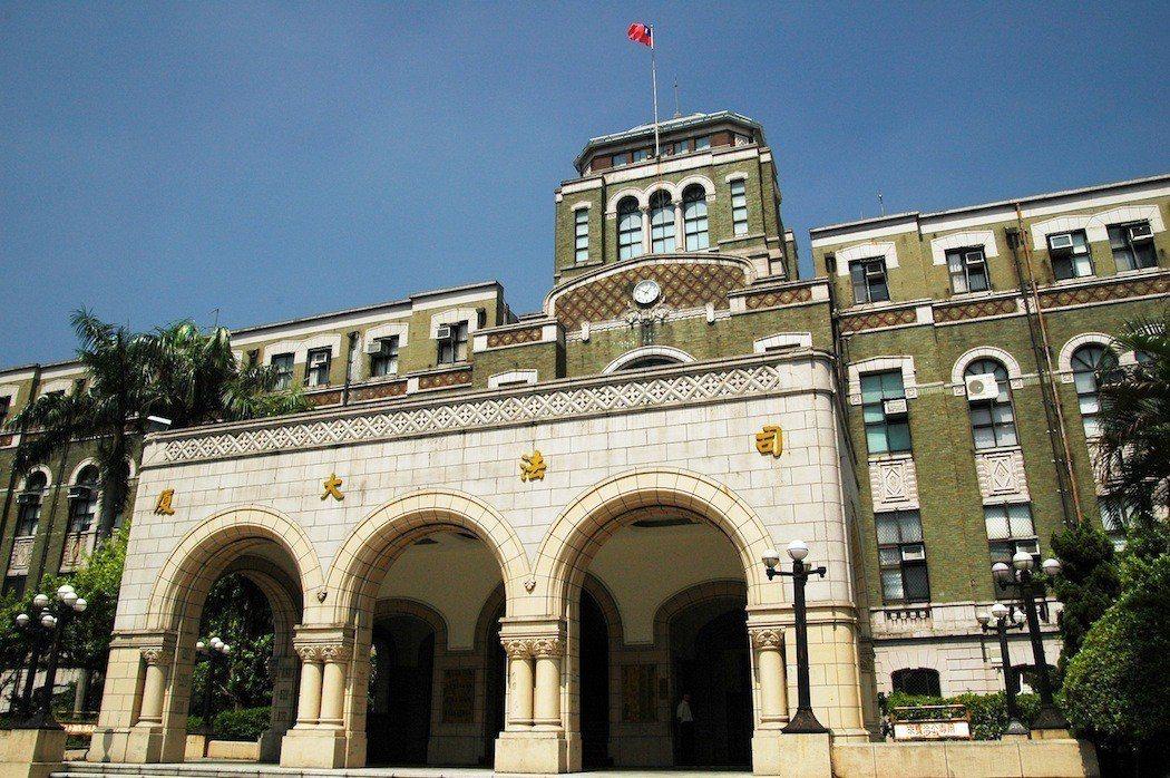 騒擾女助理 法官陳鴻斌再審改判薪一年 可回任法官。記者蘇位榮/攝影