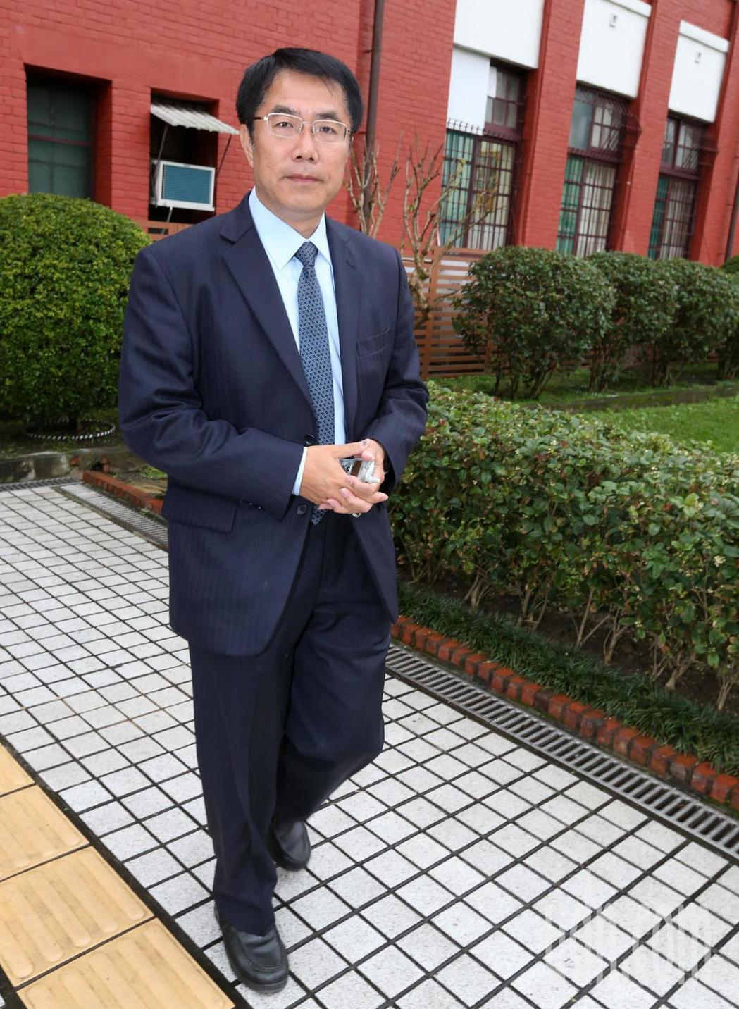 民進黨台南市長初選民調結果由黃偉哲勝出。記者胡經周/攝影