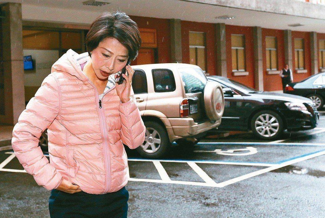 民調第二的立委陳亭妃不滿民調結果提前外洩,並表示控告黃偉哲前辦公室主任案不會撤告...