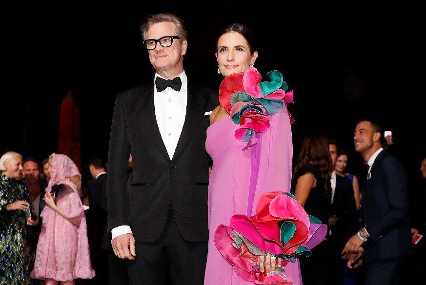奧斯卡影帝柯林佛斯(左)與妻子莉薇亞被爆早已是假面夫妻。 美聯社資料照片