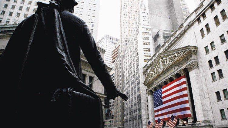 美國總統川普言行持續造成美國政治、經濟不確定性,加上主要央行走向緊縮的議題不斷,...