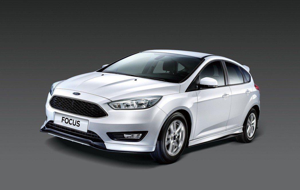 New Ford Focus型動勁速版全車加裝空力套件,限量優惠價69.9萬元起...
