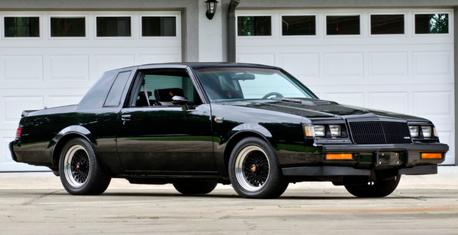 過去的美好時光 一同回味這八款 80 年代經典美式肌肉車!