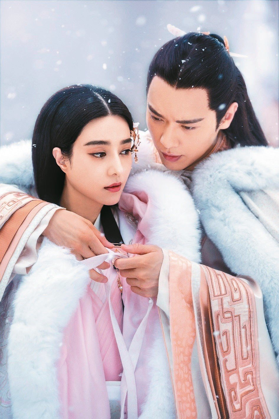 范冰冰(左)、高雲翔主演「巴清傳」(又名:贏天下)。圖/摘自微博