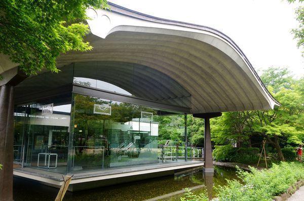 位於宇治的源氏物語博物館外觀。圖取自博物館官網