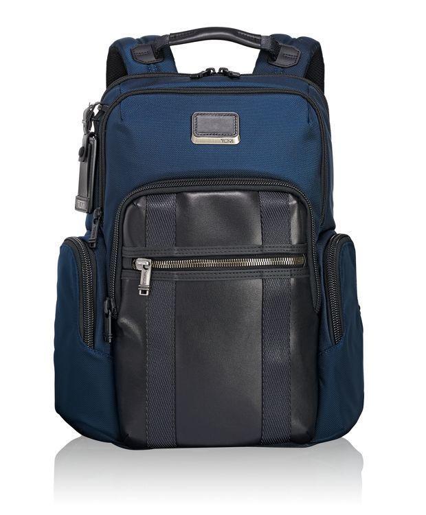 Alpha Bravo系列NELLIS 海軍藍後背包,16,200元。圖/TUM...