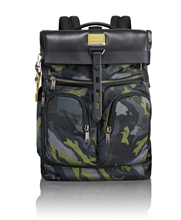 Alpha Bravo系列LONDON 叢林迷彩捲口後背包,17,400元。圖/...