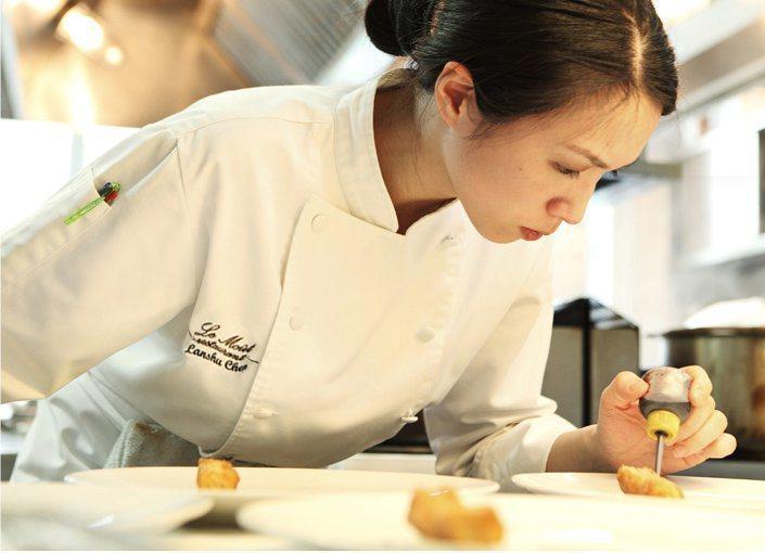陳嵐舒有亞洲女廚神之稱。圖/摘自陳嵐舒臉書