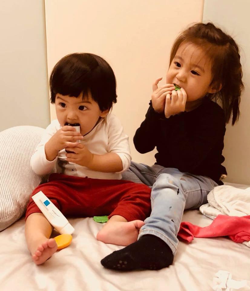 賈靜雯加入「媽媽是超人」第三季,還將一次帶咘咘、Bo妞2寶貝女兒強勢回歸。圖/摘...