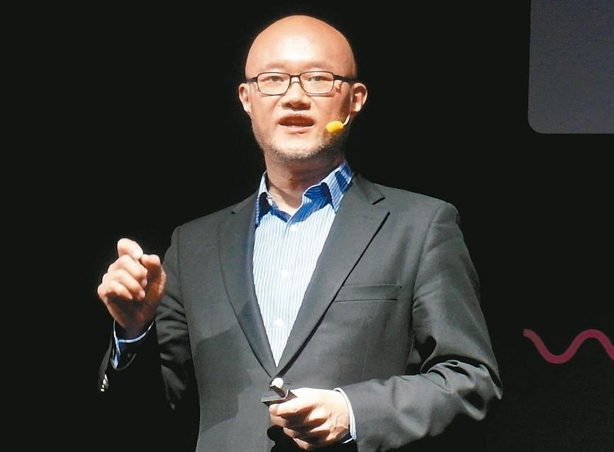 LINE台灣總經理陳立人。 記者何佩儒/攝影