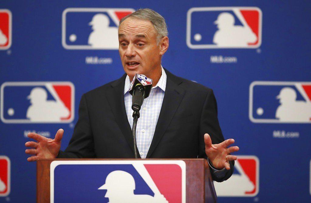 大聯盟宣布將獨家授權FB,播出25場MLB本季賽事。 美聯社