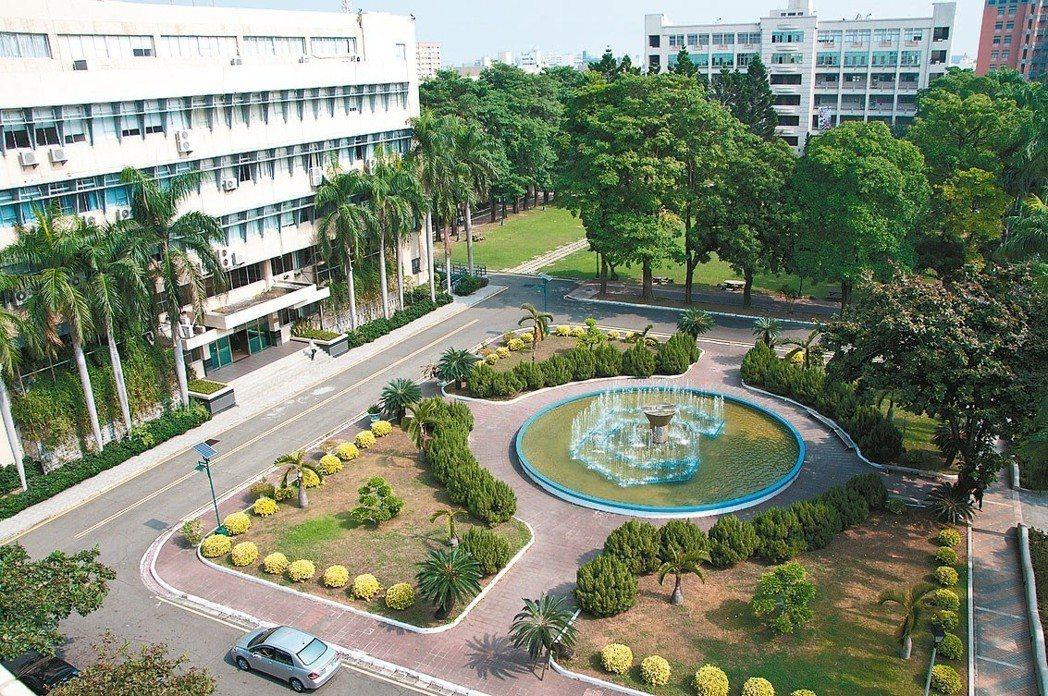 國立虎尾科技大學前身為台灣三大工專之一的雲林工專,以培育國內精密機械與機電整合專...