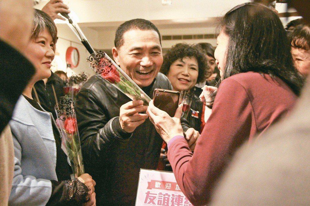 侯友宜(左二)在扁政府時期深獲拔擢。 圖/聯合報系資料照片