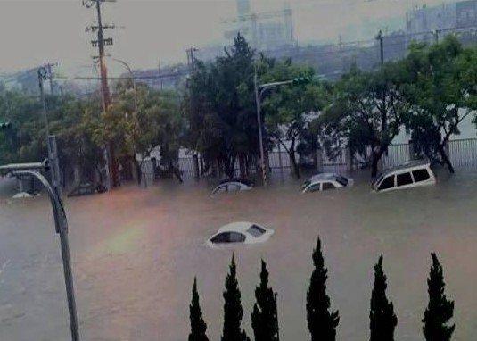 桃林鐵路周邊的會稽地區與龜山工業區過去逢大雨必淹,施設雨水下水道後將改善窘境。圖...