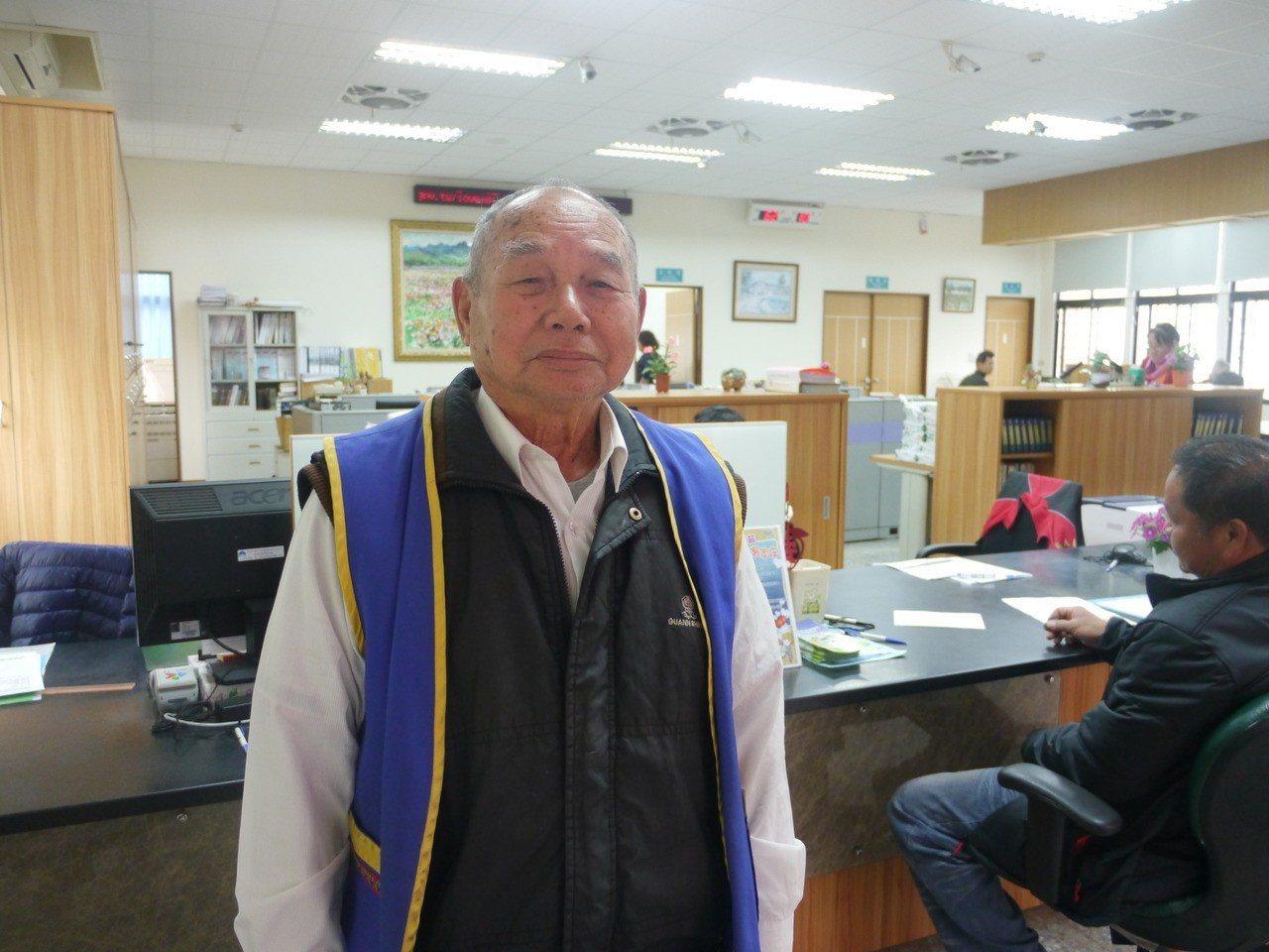 蕭文和是美濃客家文物館與戶政事務所的不老志工,服務精神令人敬佩。記者徐白櫻/攝影