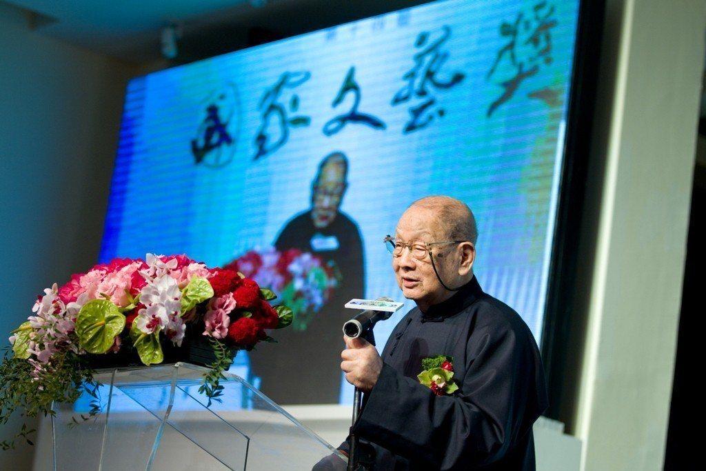 書畫家張光賓102歲辭世,他到100歲還在創作。圖/趙宇脩提供