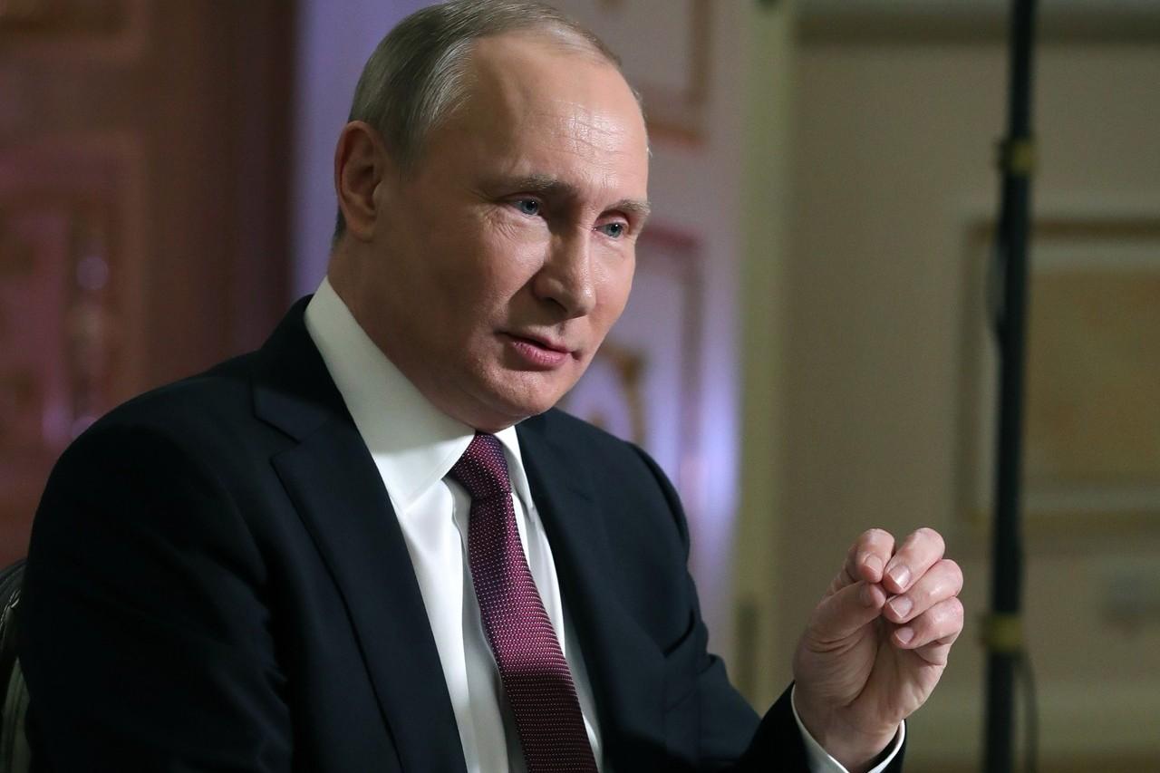 俄羅斯即將舉行總統大選,現任總統普亭可望連任。他10日接受訪問時表示,無意為了2...