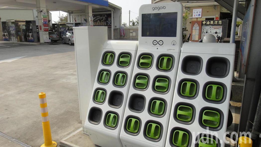 距離潮州鎮最近的電池交換站位於萬巒鄉中正路上,對鎮民來說距離相當遠。記者蔣繼平/...