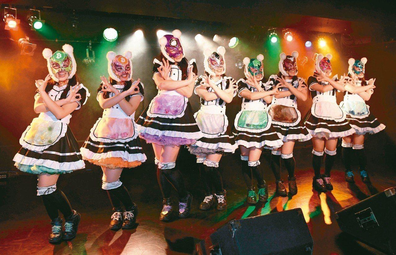 在把比特幣當正式交易貨幣的日本,還成立偶像團體「虛擬貨幣女孩」,每個團員都代表一...