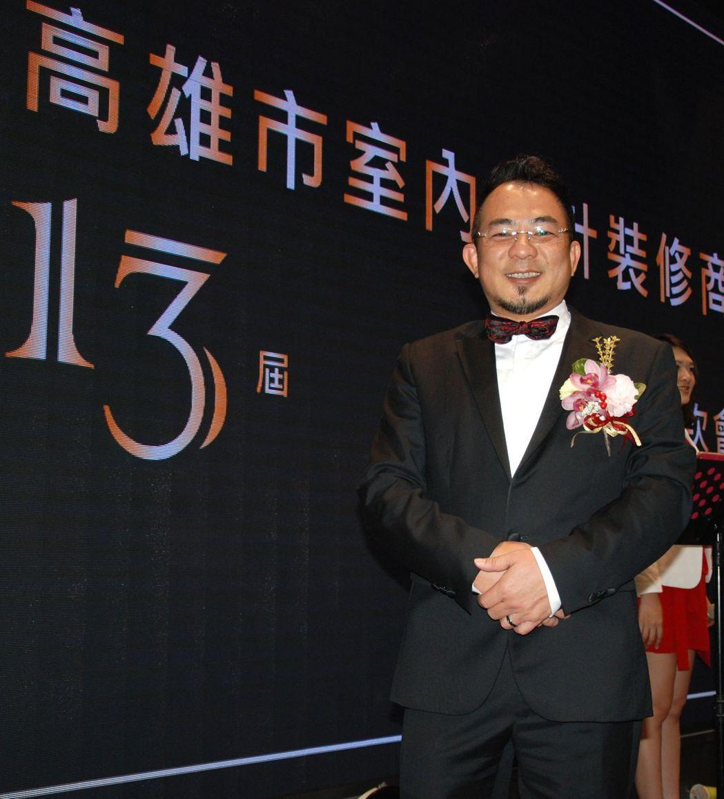高雄市室內設計裝修商業同業公會第13屆理事長韓雨生。 楊鎮州/攝影