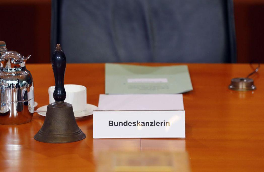 在梅克爾擔任總理後,德國人開始慣用Bundeskanzlerin(女性聯邦總理)...