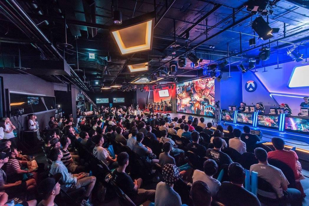 玩家可購買台幣100元的一日票至台北暴雪電競館觀賽,近距離感受現場熱血氛圍