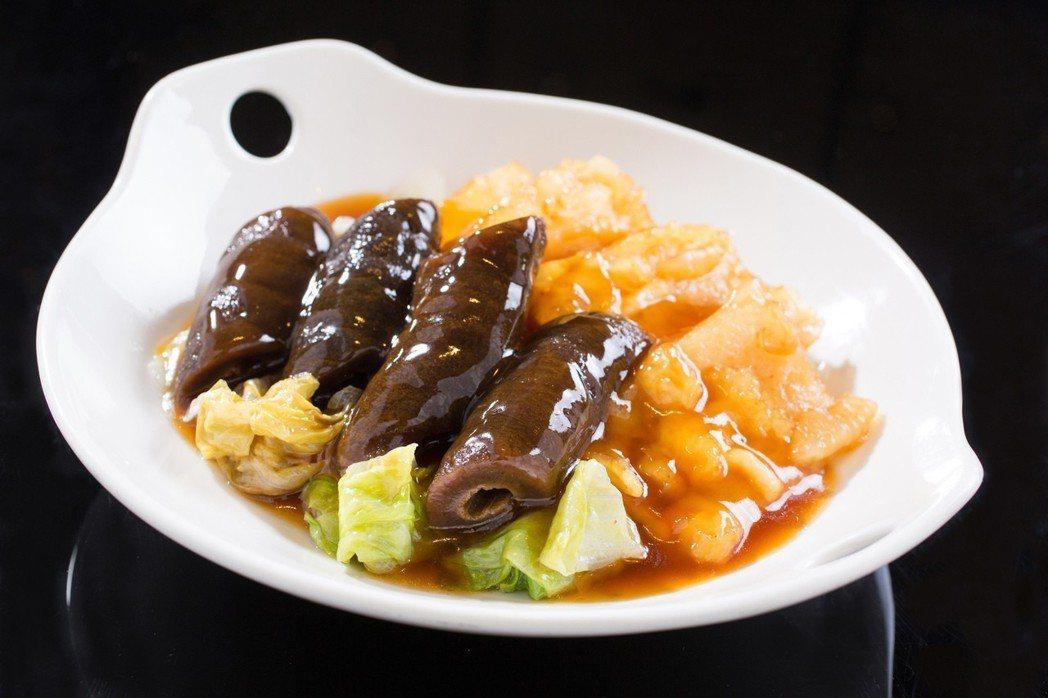 台北君悅酒店-美味九宮格- 漂亮廣式海鮮餐廳-蠔油花膠燴海參。