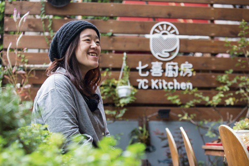 樂觀開朗的楊七喜,相信七喜廚房能為剩食帶來解方。