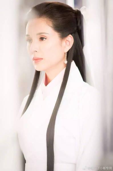 李若彤23年後再扮小龍女。圖/摘自微博