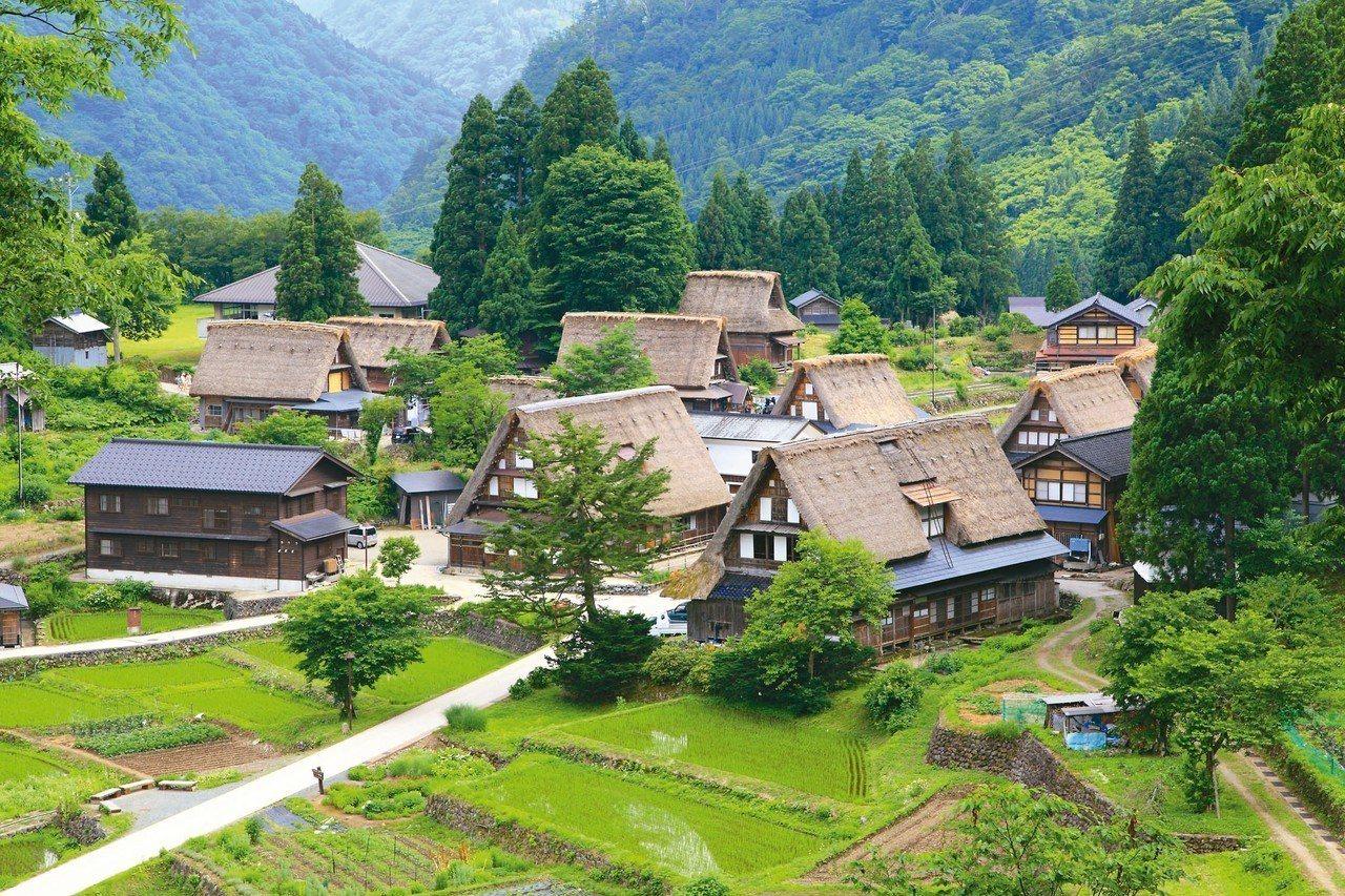 被列為世界文化遺產的五箇山合掌屋。 圖/有行旅提供