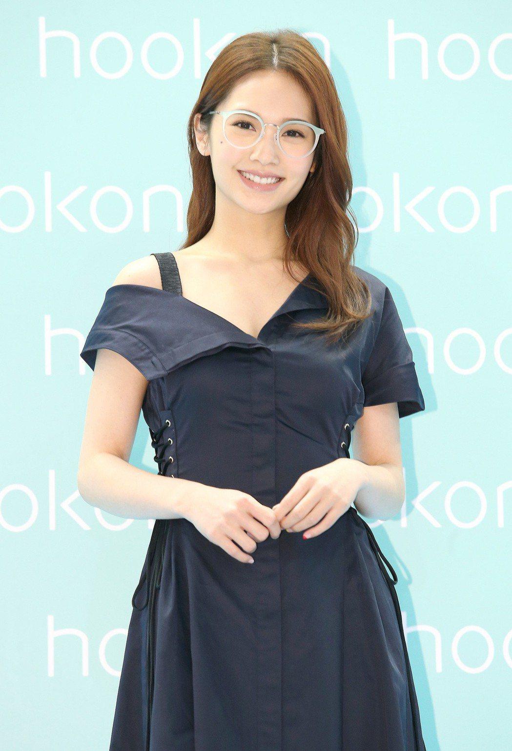 楊丞琳今天為眼鏡品牌代言站台。記者高彬原/攝影