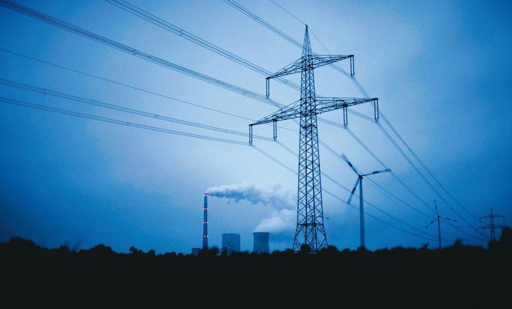 德國能源大廠EON計劃收購競爭對手RWE旗下的再生能源事業Innogy,交易金額...