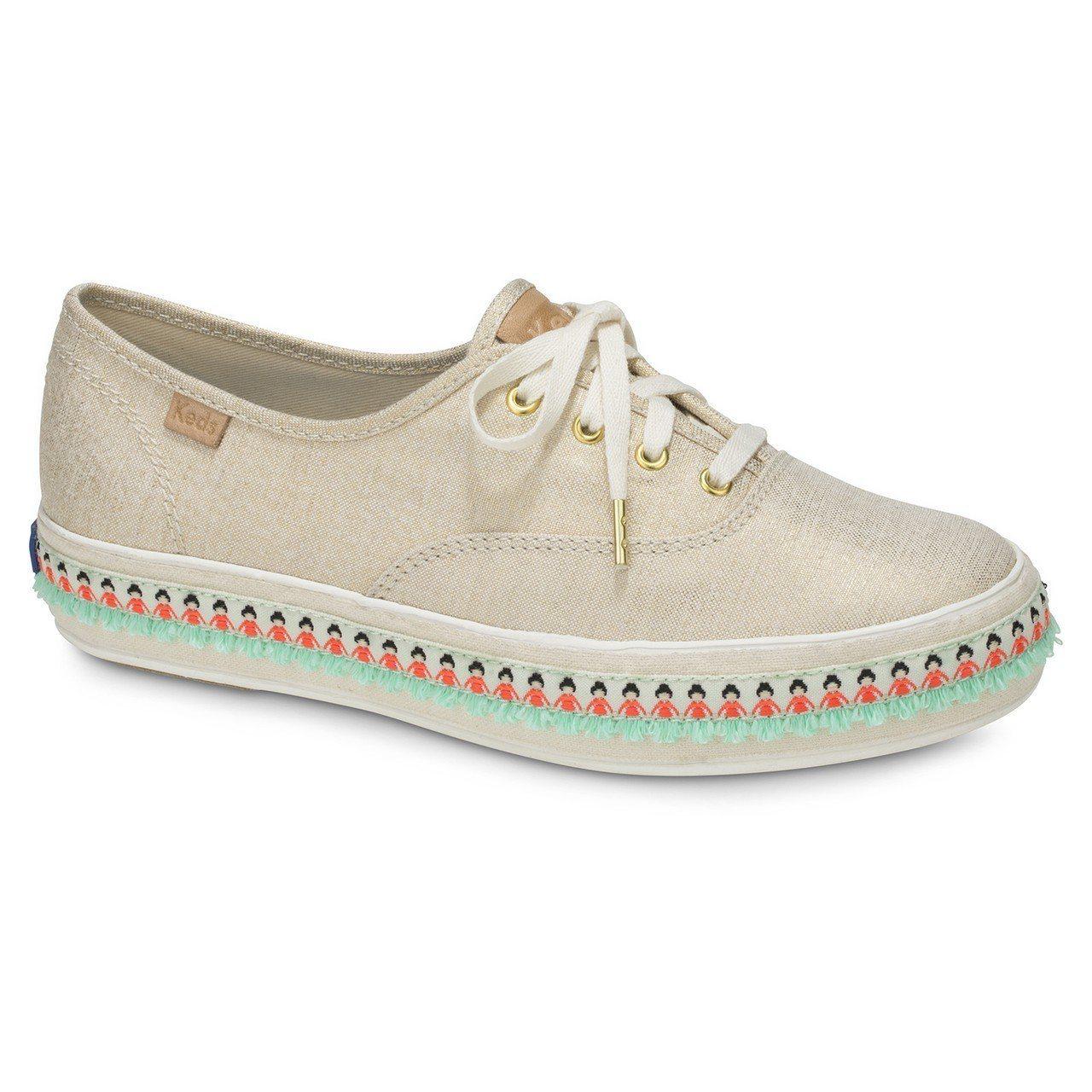 Keds夏日風情系列亞麻布鞋,約2,490元。圖/Keds提供