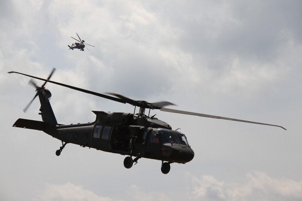 陸軍航空特戰指揮部602旅一架UH-60M黑鷹直升機,原計畫前往屏東參加例行訓練...