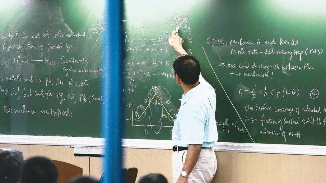 大陸發布31條惠台措施,鼓勵台灣教師赴陸大學任教。 報系資料照
