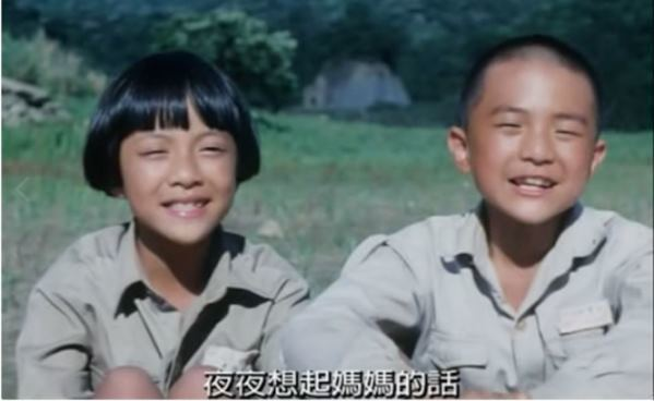 女星李淑楨(左)飾演「魯冰花」古茶妹一角走紅,除了持續在演藝圈發光發熱,也運用社...